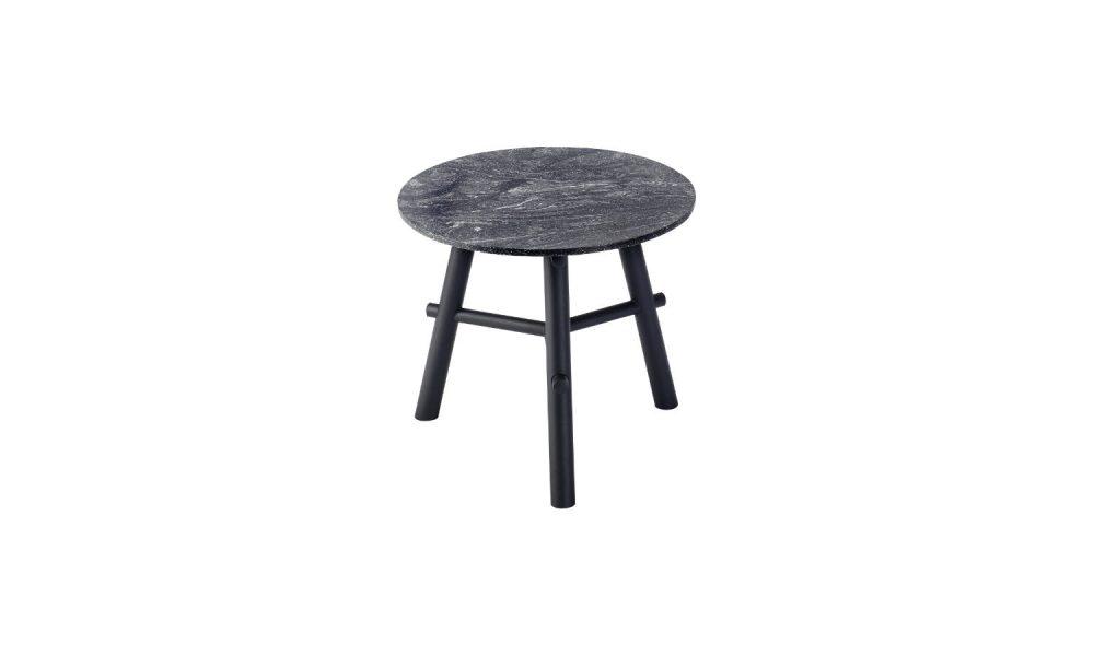 3 legged round coffee table